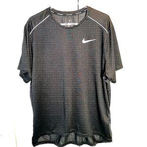 Nike Running Black T-Shirt men's sz XL Dri-Fit Sports Active Gym Running
